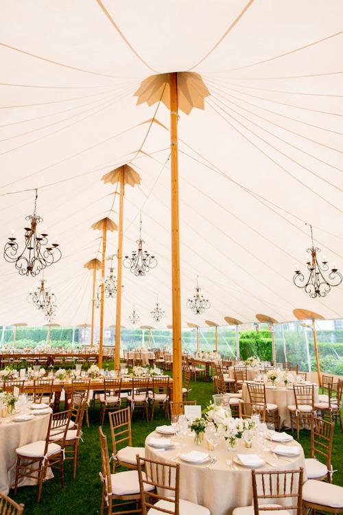 garden-wedding-at-inn-at-windmill-lane-in-amagansett-new-york-photos-by-jonathan-young-weddings-24.JPG