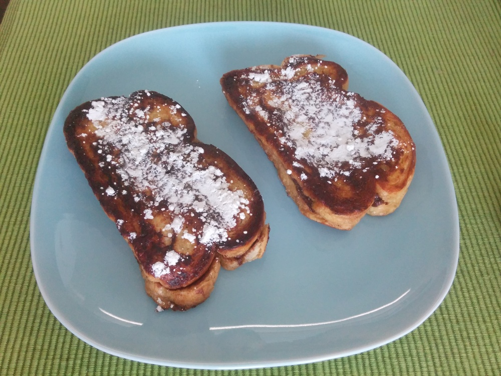 Recipe: http://www.twopeasandtheirpod.com/nutella-stuffed-french-toast/