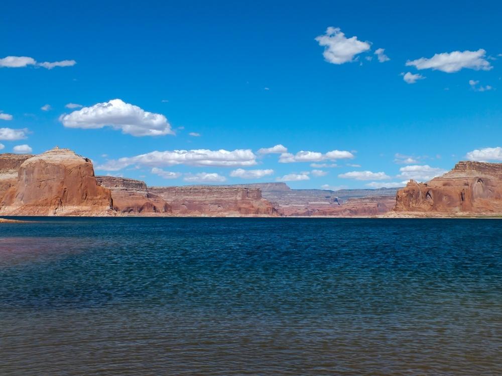 Lake052.jpg