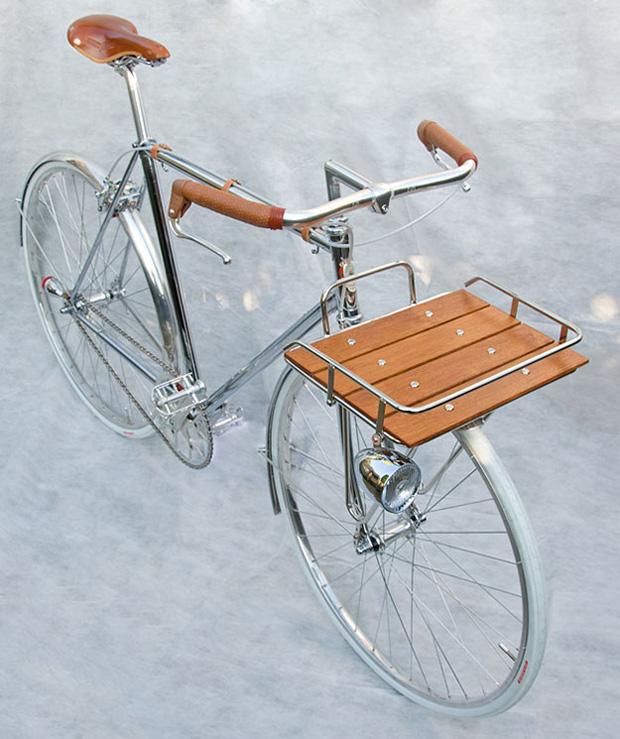 (via Detail Porteur Bicycle)