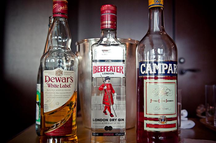 Dewar's, Beefeater, Campari