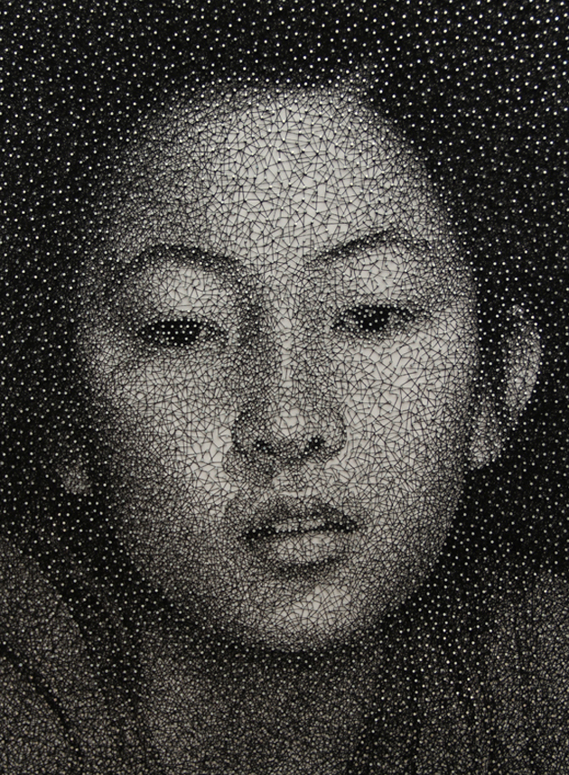 dprblog: Remarkable Portraits Made with a Single Sewing Thread Wrapped through Nails by Kumi Yamashita