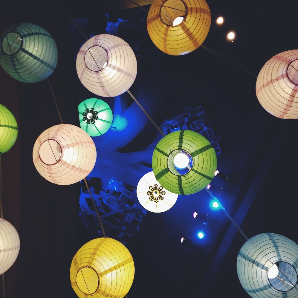Beautiful paper lanterns are a huge wedding trend