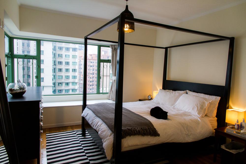 bedroom1_1.jpg