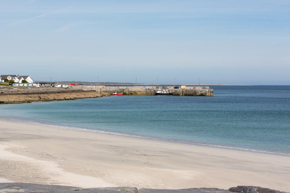 Looking back to the Port of Inis Oirr