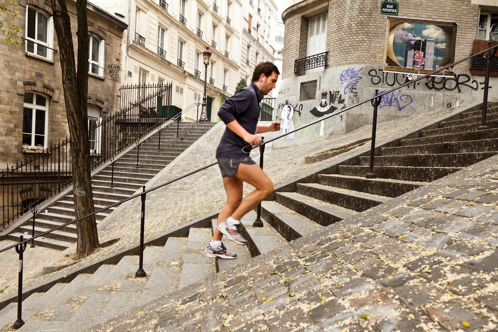Comme Rocky Balboa, un des ses idoles d'enfance, il commence ses journées par du sport et a chaque année un nouveau défi. Ce sera en Juillet l'ascension du Mont-Blanc. © T. Caron