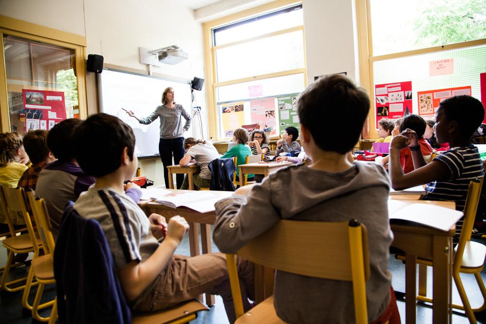 Dans la classe. École aujourd'hui, Paris.  Commande pour Télérama.