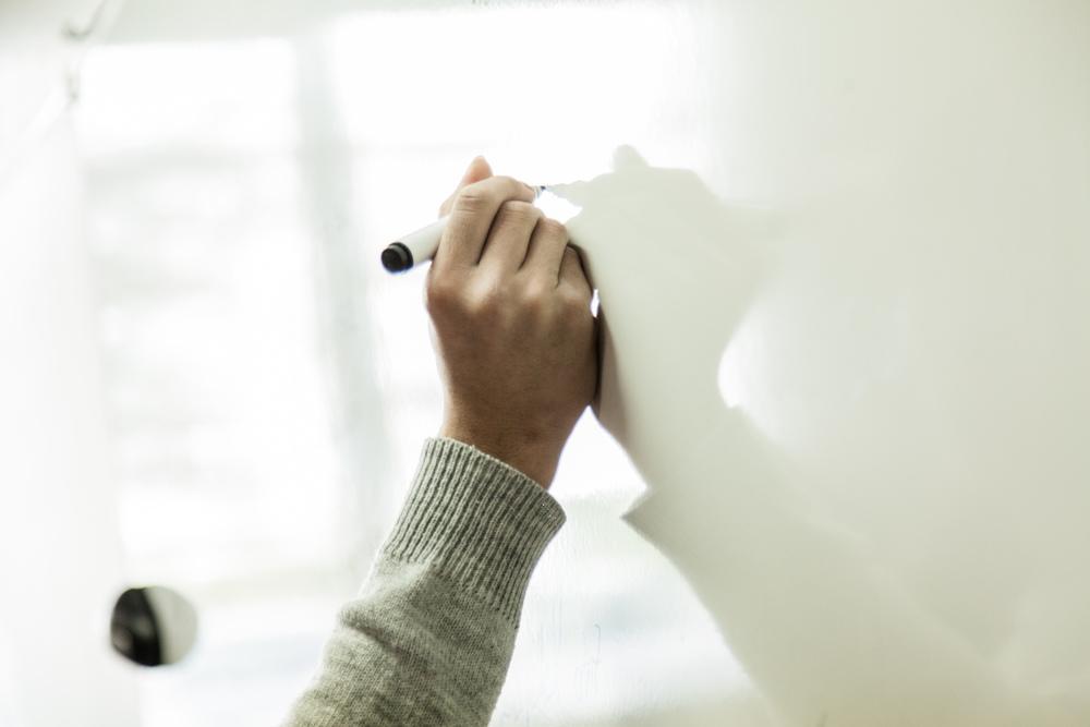 Au tableau.  Extrait du projetLes pieds dans la Franceco-réalisé avecStéphane DouléetCamille Millerand.   http://www.unpieddanslafrance.fr/evreux