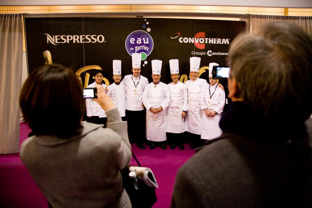 Crée par Paul Bocuse, chef de renommée internationale, ce concours oppose les meilleurs cuisiniers du monde, autour d'un poisson et d'une viande.