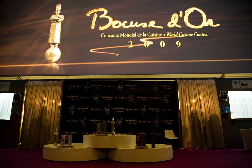 Tous les 2 ans, le Bocuse d'Or se tient à Lyon, en même temps que le Sirha, Salon International de la Restauration, de l'Hôtellerie et de l'Alimentation.