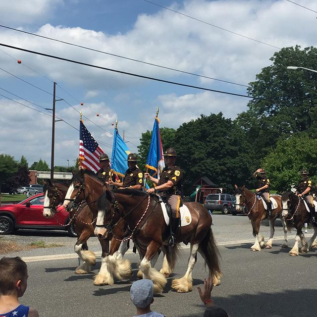 Enjoying the annual Hockessin 4th of July parade led by @nccde mounted patrol! Happy Independence Day!