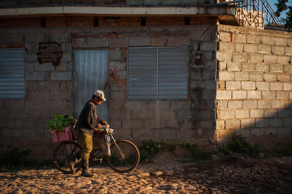 2017 Cuba outtakes_-72.jpg