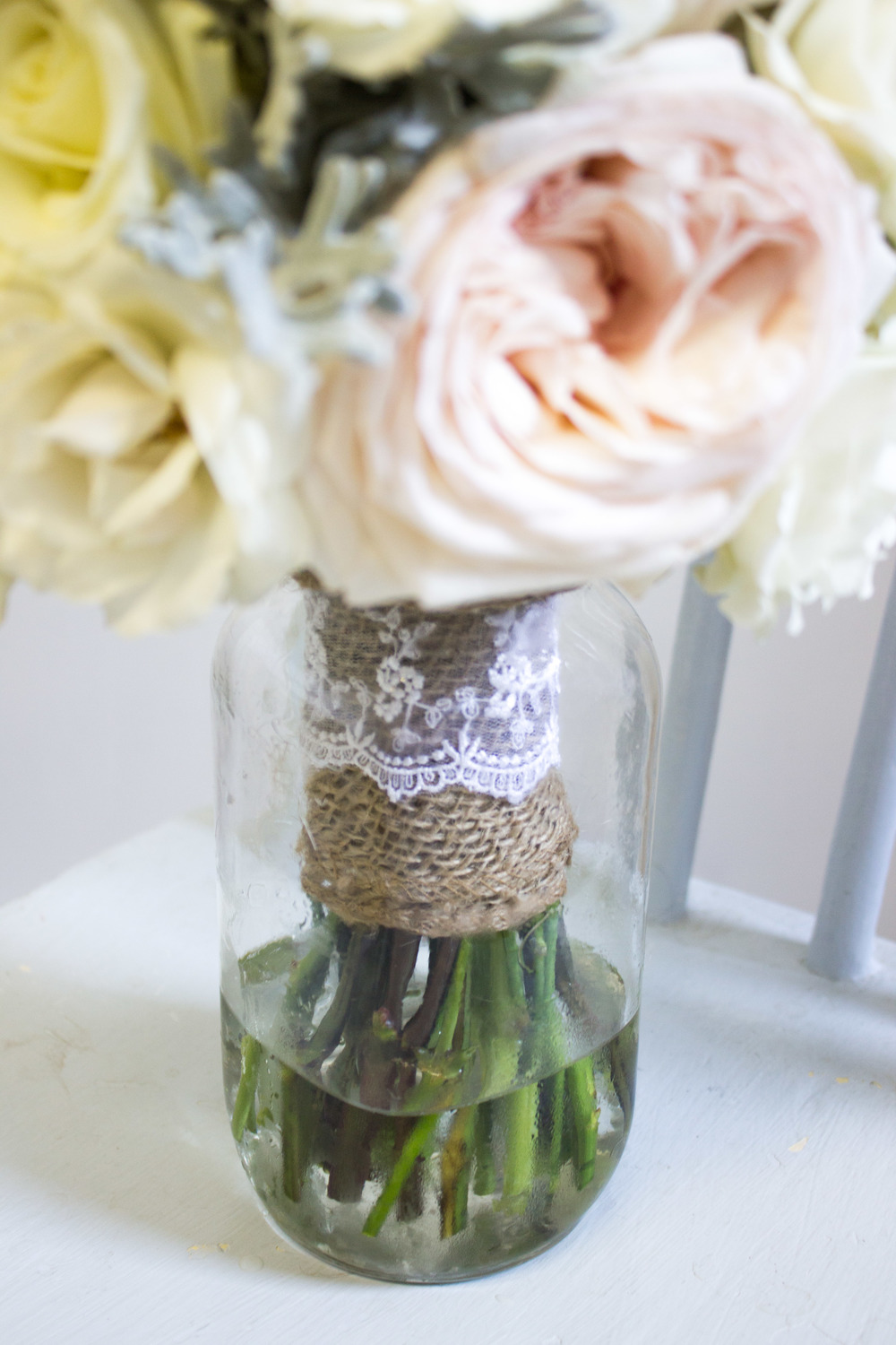 Lace and burlap detail....