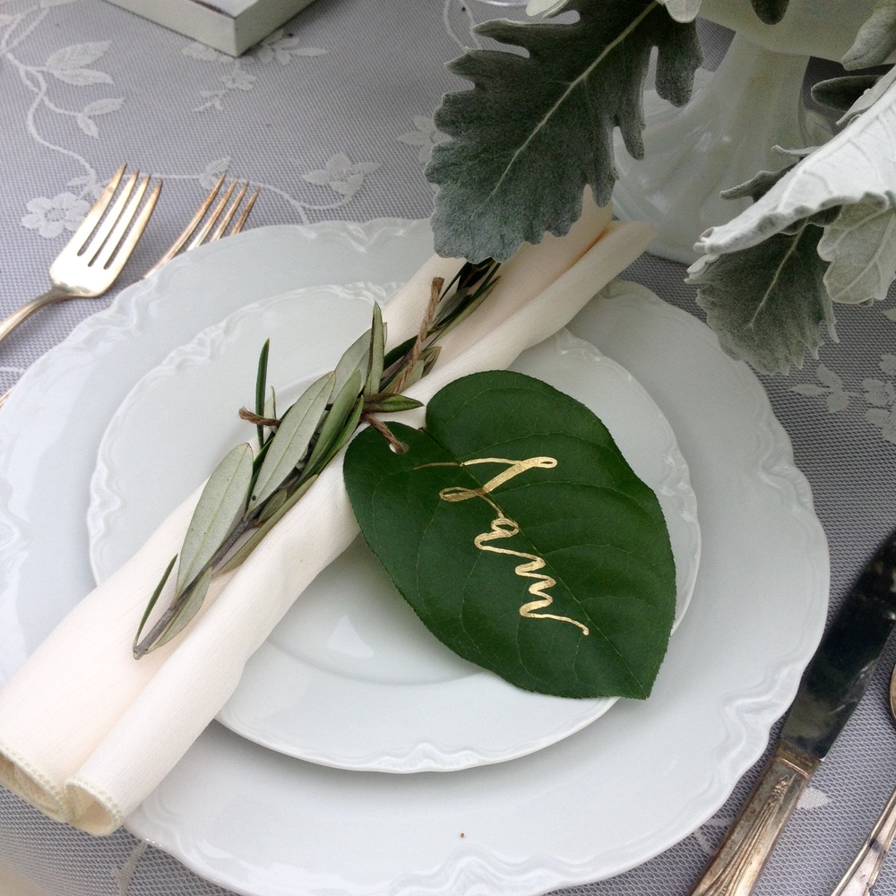 In love with the calligraphy on the leaves!