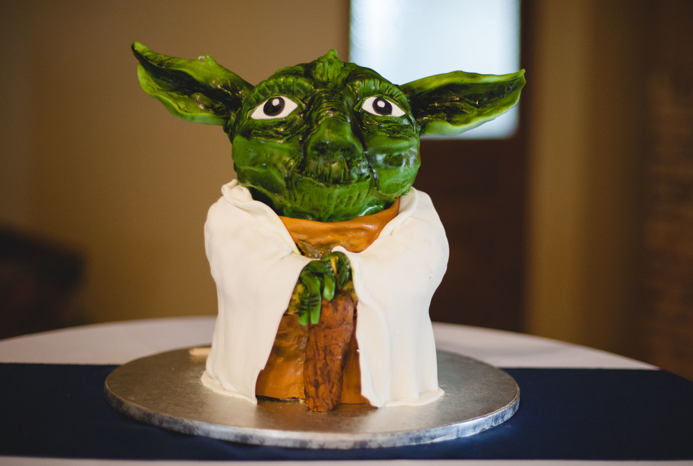 Jessica surprised Patrick with this groom's cake, pretty much the best thing ever!