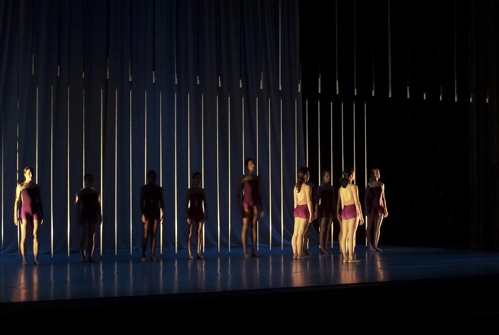 andybroomell-scenic-design-dance-mz-2.JPG