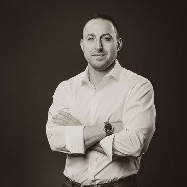 Chris Hanlon Consultant/Fuqua Specialist Outfitted and CataList Fuqua '18