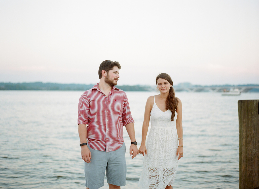Old-Town-Alexandria-Engagement-Photography-10.jpg