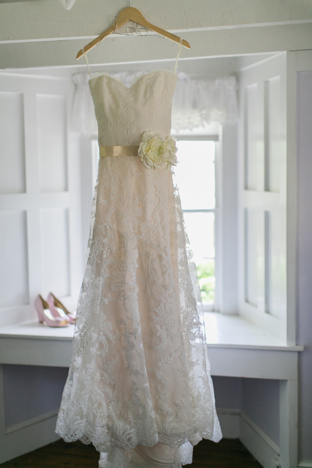 003-vintage-wedding-dress.jpg
