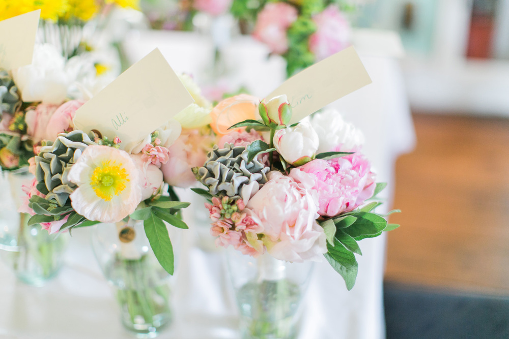 009-wedding-flowers.jpg