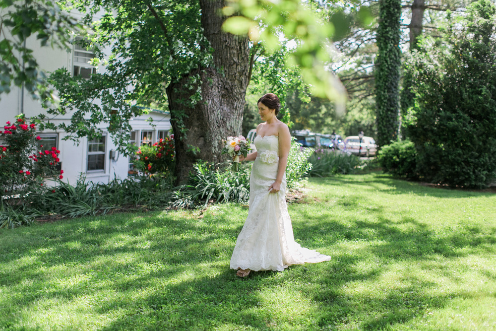 031-bride-and-groom-first-look-at-briar-patch-middleburg-virginia.jpg