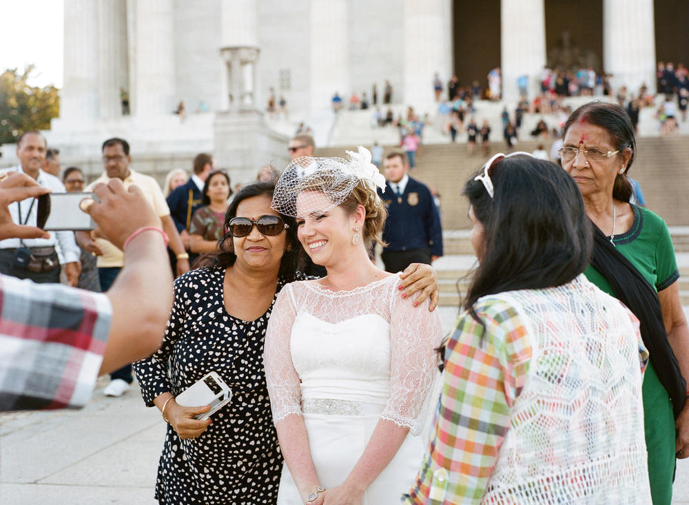 288-lincoln-memorial-wedding-photography.jpg