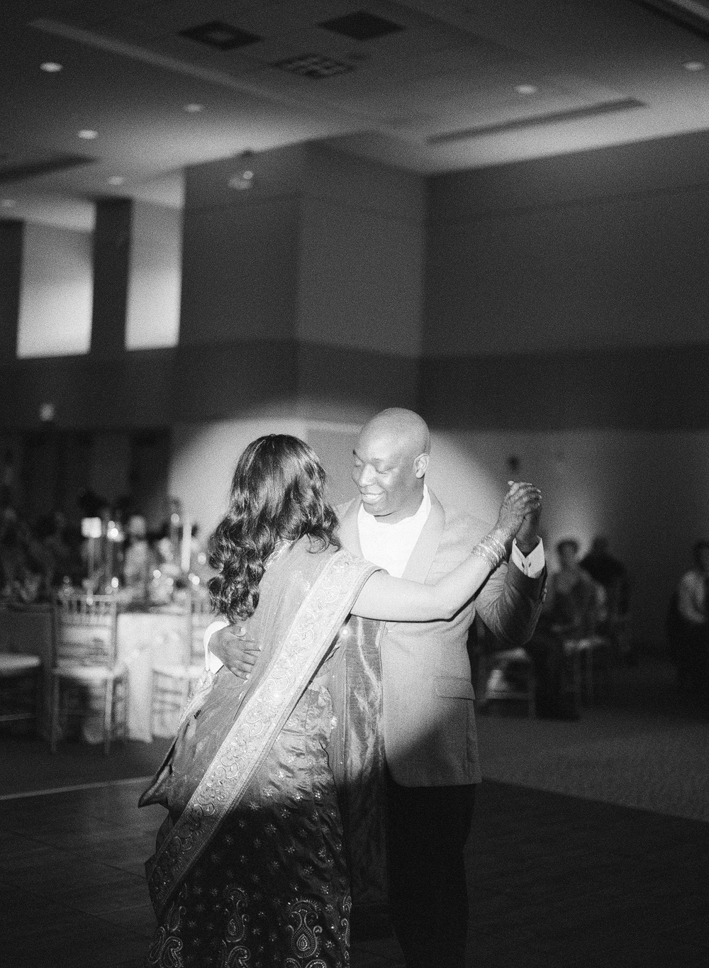 490-first-dance-indiain-wedding.jpg