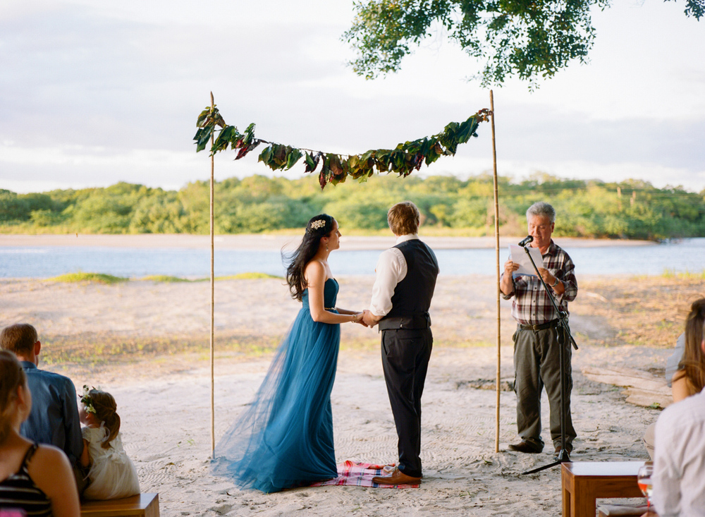 472-beach-wedding-in-tamarindo-costa-rica.jpg