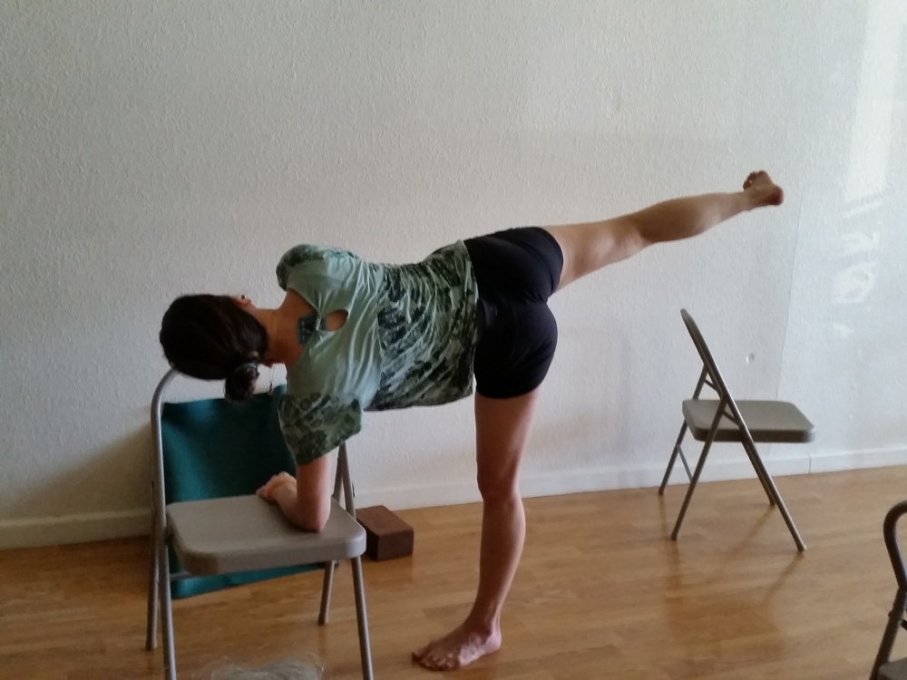ardha chandrasana 3 core strength.jpg