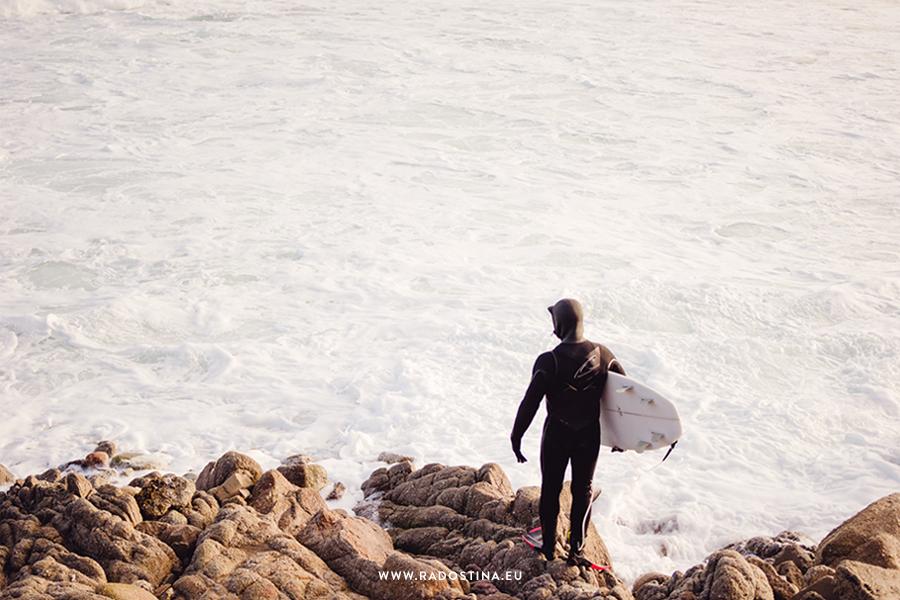 radostina_surfers_04v.png