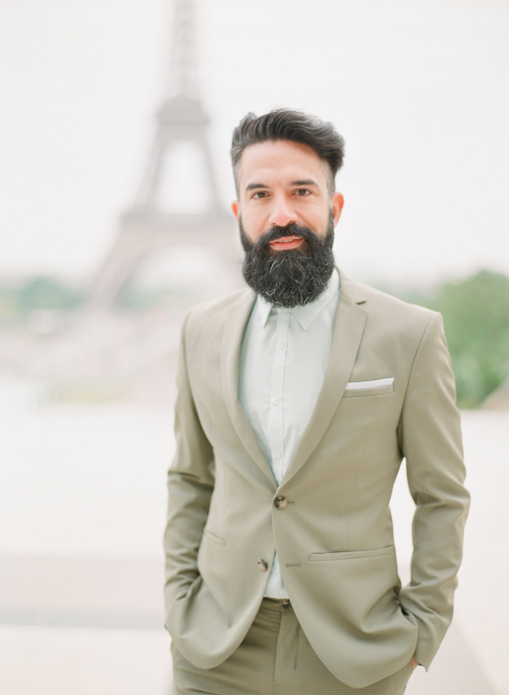 Engagement session outfit Paris