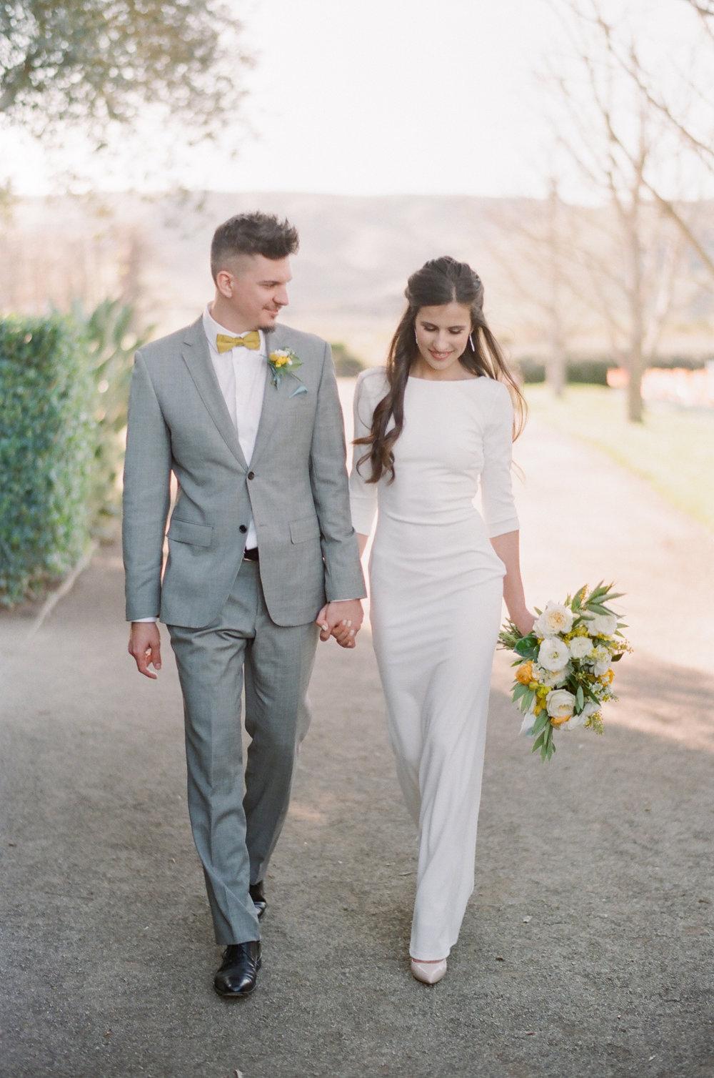 mid century modern bride and groom