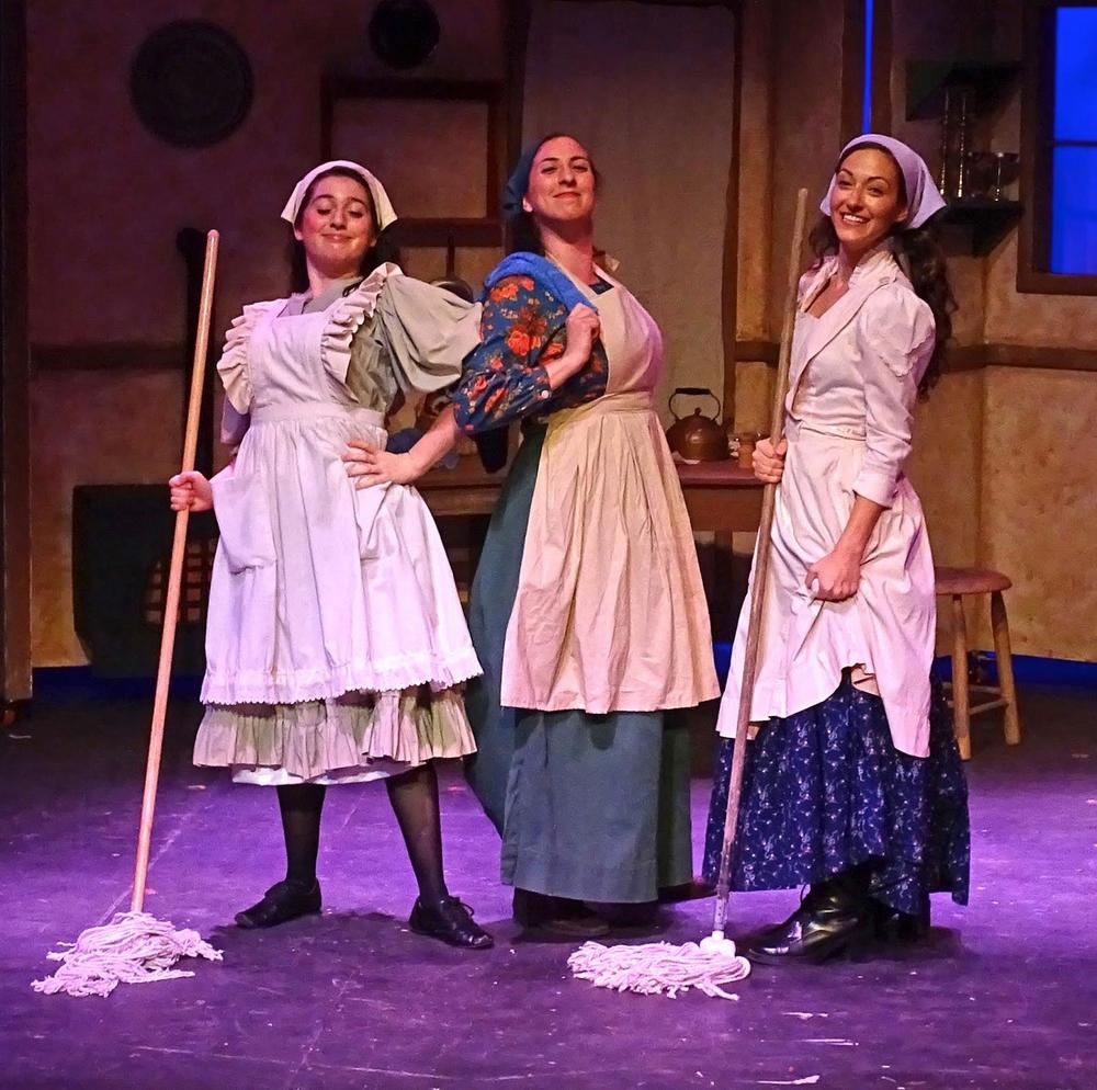 Fiddler On The Roof (Hodel)   Priscilla Beach Theatre, Plymouth, MA