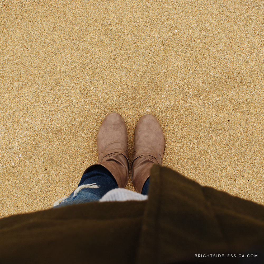 I still get amused when I look down and see myself wearing boots, pants, and a coat to the beach. Haha.