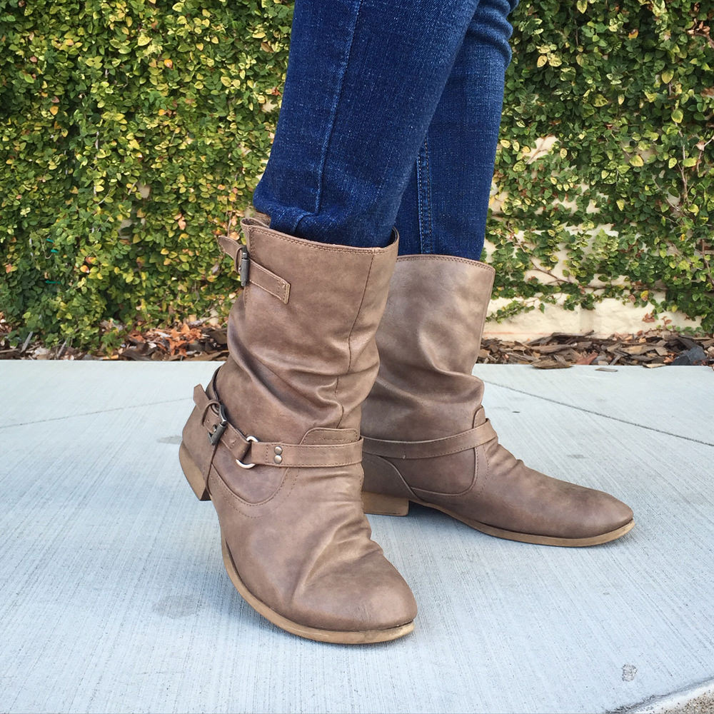 Style Me November | 11.23.15: Boots Made for Walking - Jessica Palola