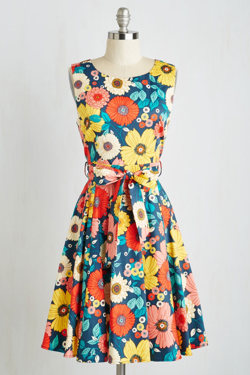 Hour by Flower Dress in Retro Floral