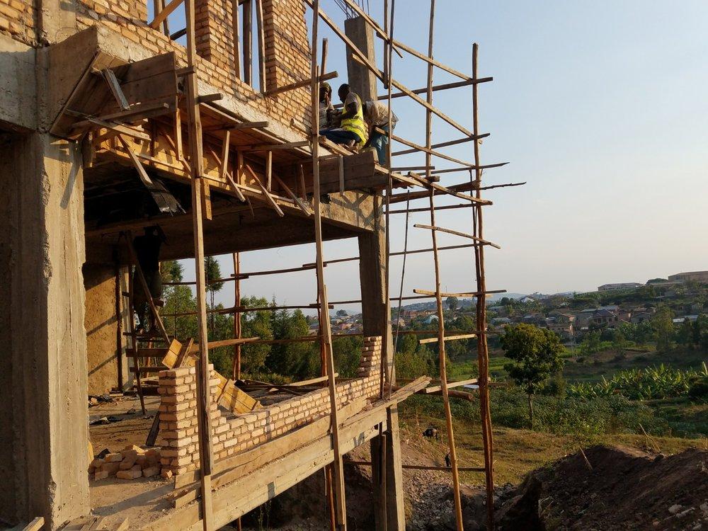 Workers scaffold.jpg
