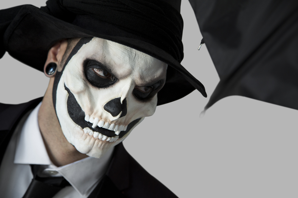Gorey_Skeleton_CU.jpg