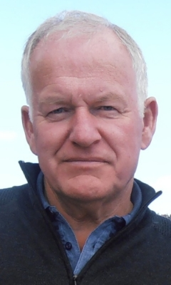 Author Grant Middlemiss