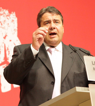 Sigmar Gabriel proposes energy tax on those creating green energy for themselves