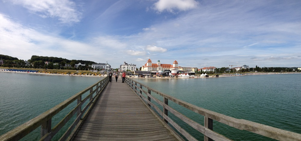 From the pier looking back at Binz.