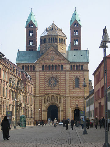 Spyer Cathedral, a popular starting point.