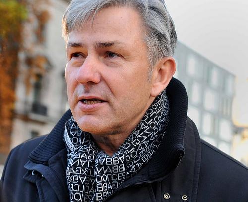 Klaus Wowereit will resign as Berlin's mayor.