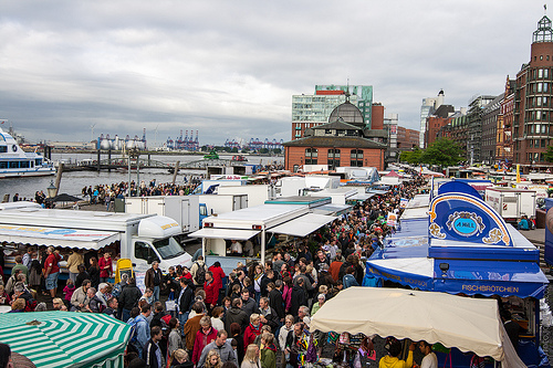 Always a large crowd at the Hamburg Fish Market.