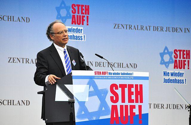 Jewish leader, Dieter Graumann, steps down.