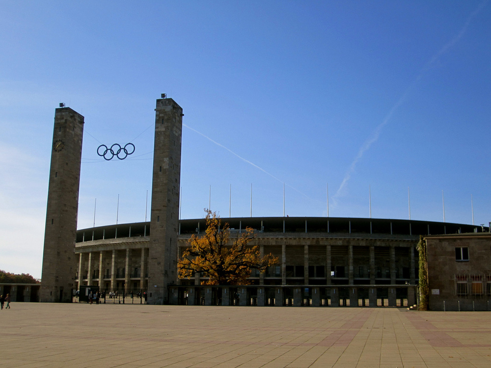 Berlin fights Hamburg to secure bid for 2024 Olympic games.