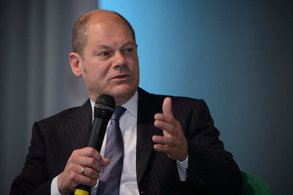 Olaf Scholz re-elected as Hamburg's Mayor.
