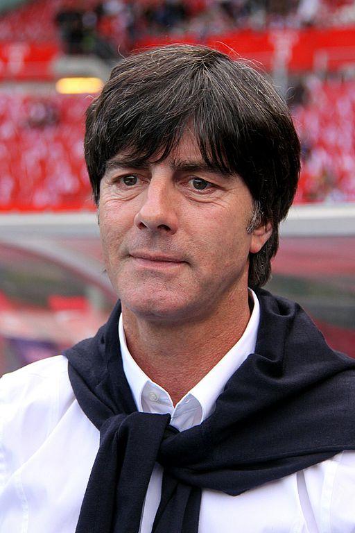 Joachim Löw renews national football team contract.