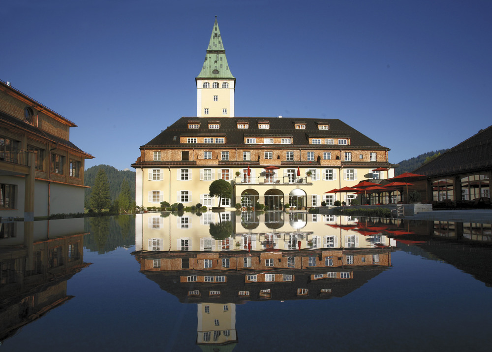 G7 members are meeting in the Schloss Elmau south of Munich.