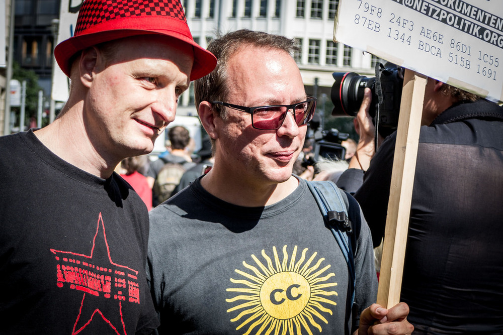 Bloggers Andre Meister and Markus Beckedahl battle against treason charges.